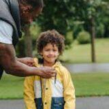 Softshell dziecięcy – na co zwrócić uwagę przy zakupie?